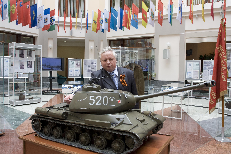Выставка посвященная 65-летию Победы в Великой Отечественной войне
